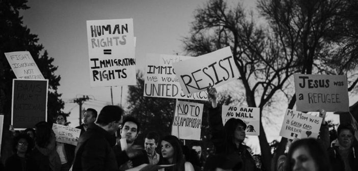 """An LCU Student's Perspective on the """"No Bans, No Walls"""" Lubbock Protest"""
